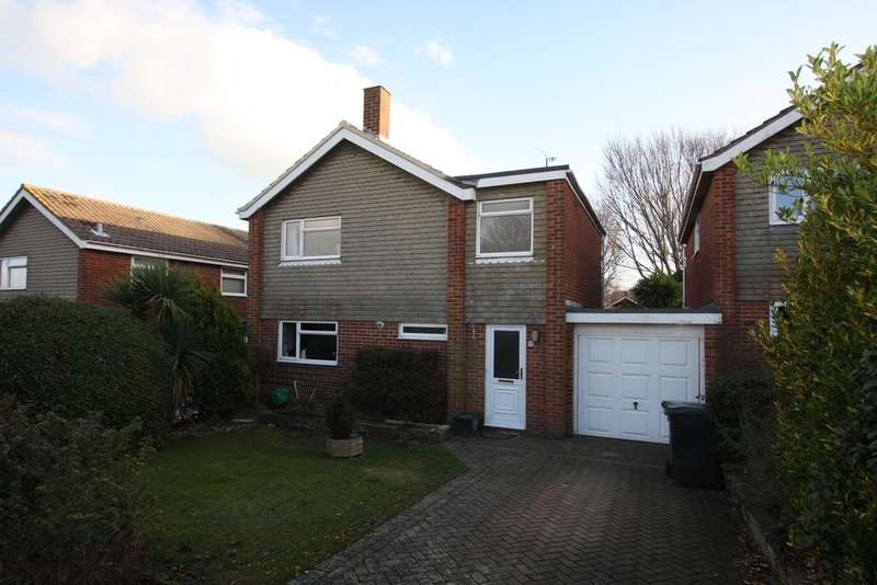 4 Bedrooms Detached House for sale in Burton Road, Eastbourne BN21