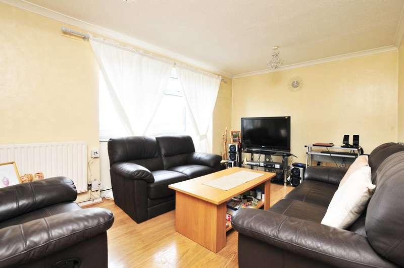 2 Bedrooms Maisonette Flat for sale in Brookfield, Goldsworth Park, GU21