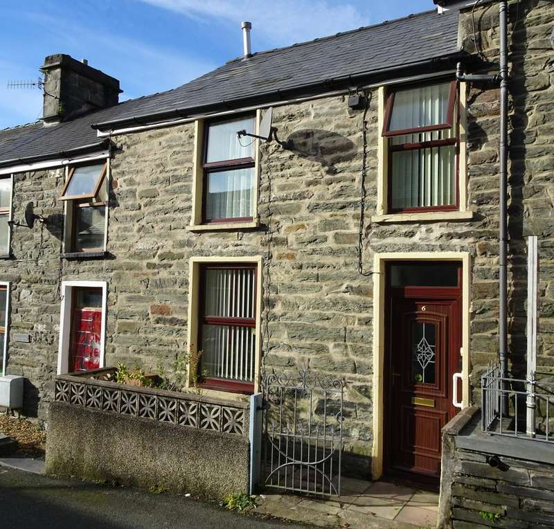 3 Bedrooms Terraced House for sale in Leeds Street, Blaenau Ffestiniog LL41