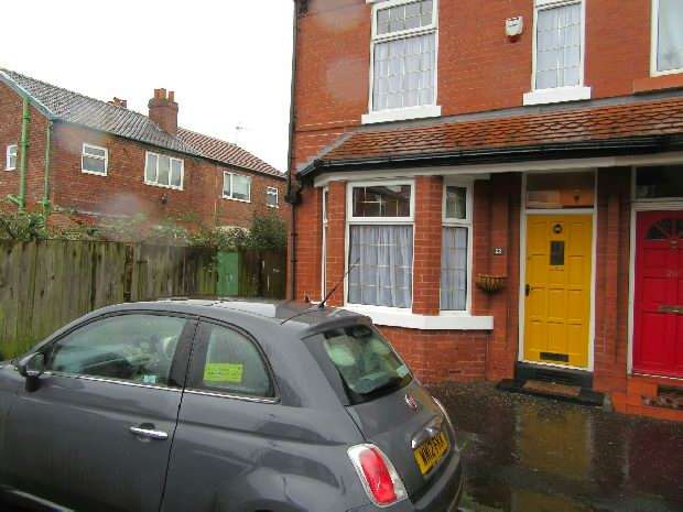 3 Bedrooms End Of Terrace House for sale in Granville Avenue, Whalley Range, Manchester