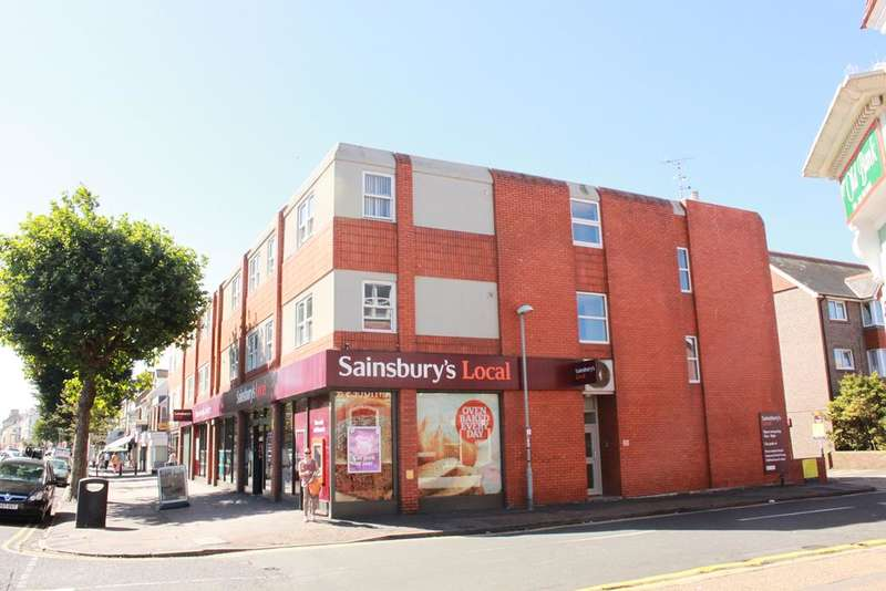 2 Bedrooms Flat for sale in Seaside, Eastbourne BN22