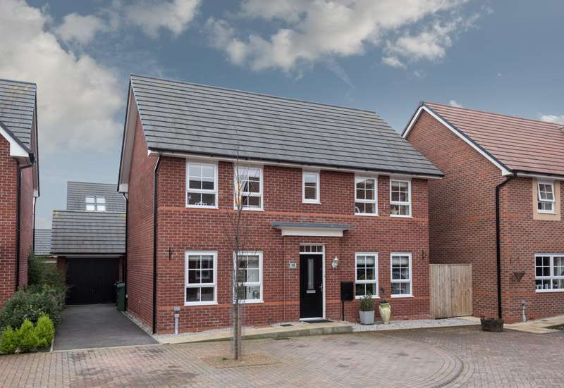 4 Bedrooms House for sale in 4 bedroom House Detached in Lostock Gralam