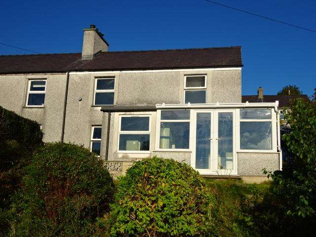 2 Bedrooms Semi Detached House for sale in WELL STREET, GERLAN, BETHESDA LL57