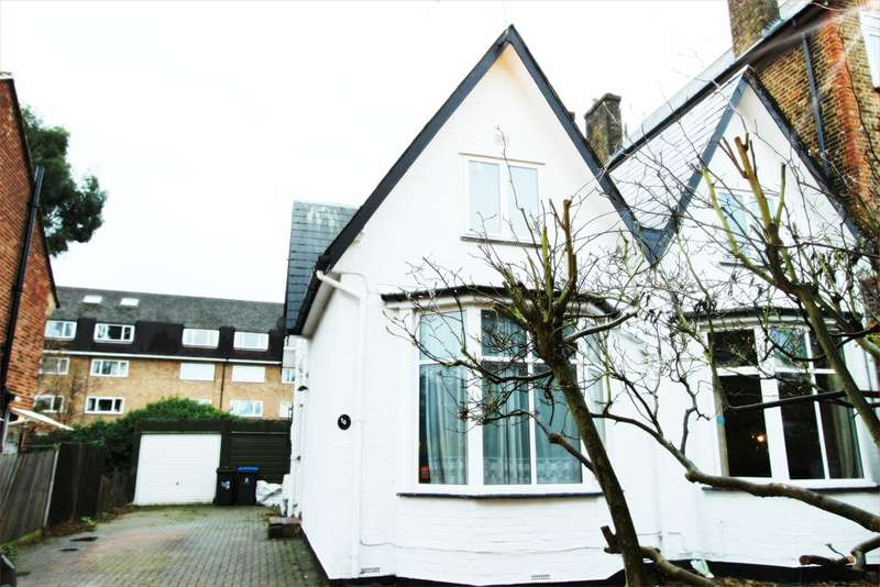 3 Bedrooms End Of Terrace House for sale in Acacia Grove, New Malden