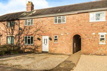 3 Bedrooms Semi Detached House for sale in Springfield Avenue, Banbury, Oxfordshire, .