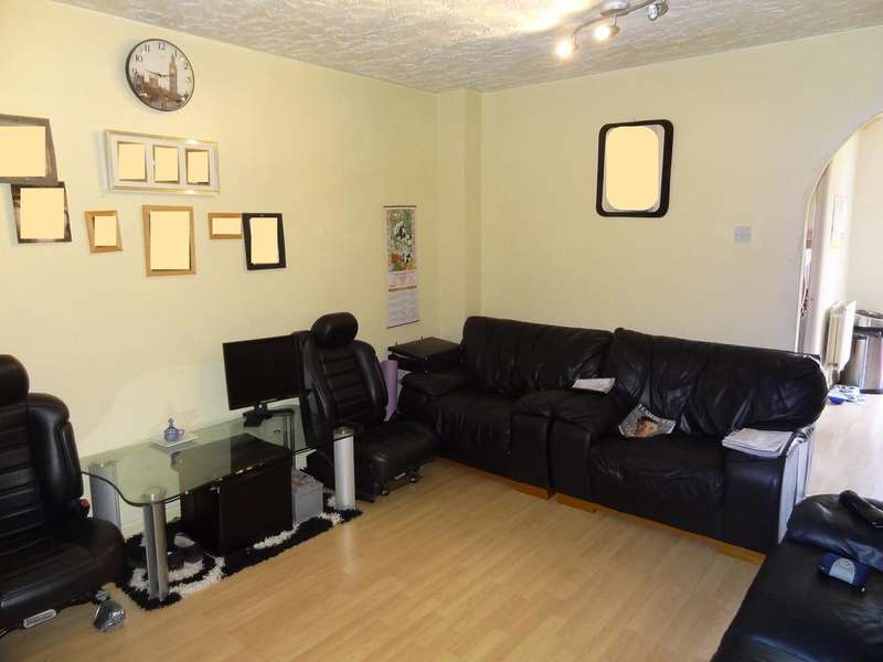 4 Bedrooms Semi Detached House for sale in Gibney Terrace, Bromley BR1