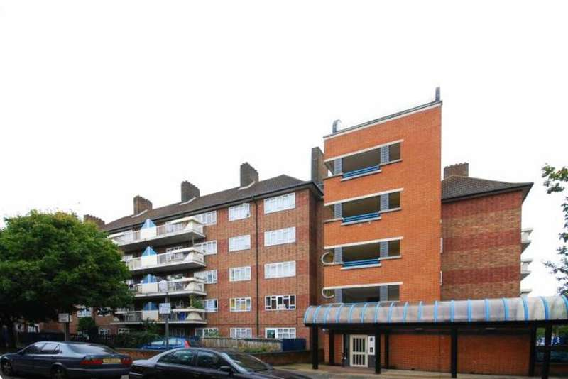 1 Bedroom Flat for sale in Beccles Street, London