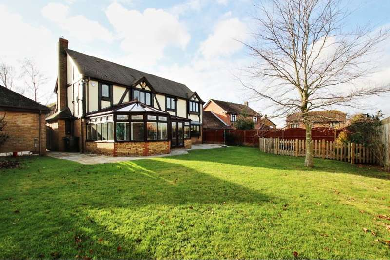 6 Bedrooms Detached House for sale in St Andrews Close, Hailsham BN27