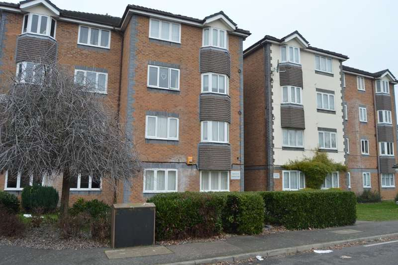1 Bedroom Flat for sale in Tennyson Close, Enfield, London, UK, En3 4SN