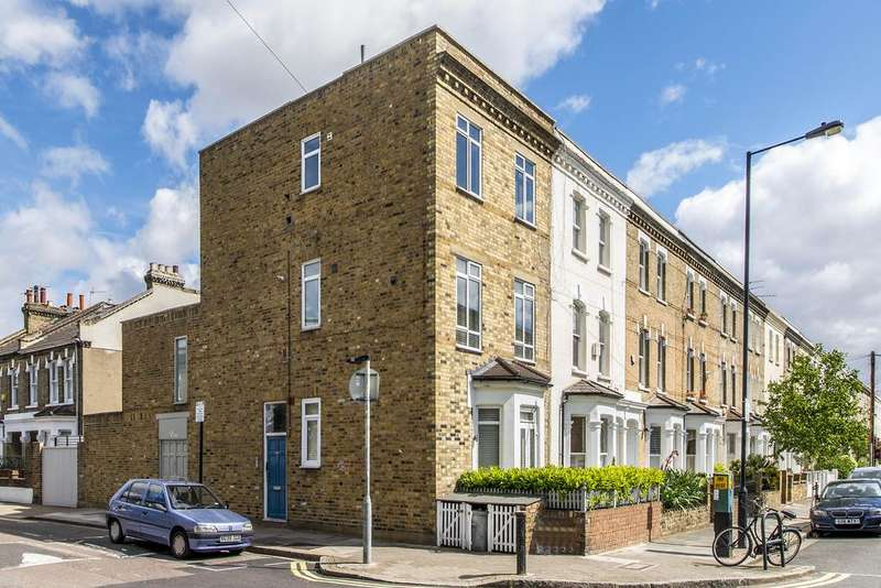 1 Bedroom Flat for sale in Bishops Road, Parsons Green, Fulham, London SW6