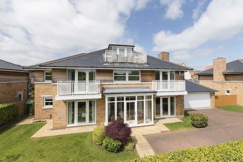 5 Bedrooms Detached House for sale in Lumley Way, Newcastle Great Park, Gosforth, Newcastle upon Tyne NE3