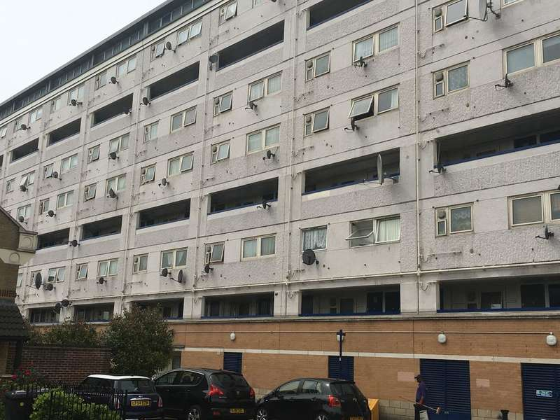 1 Bedroom Flat for sale in Rosewood court, Leytonstone E11