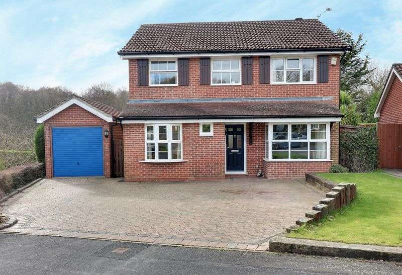 4 Bedrooms Detached House for sale in Sapphire Ridge, Tempest, Waterlooville