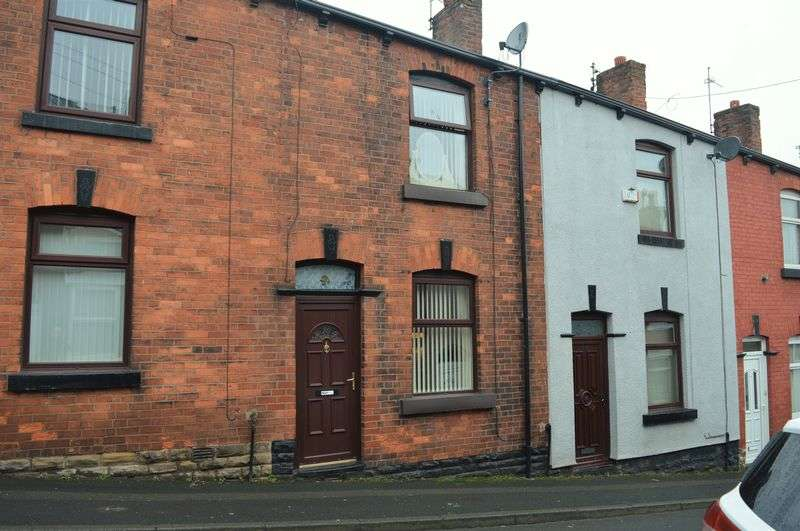 2 Bedrooms Terraced House for sale in Buckley Street, Stalybridge