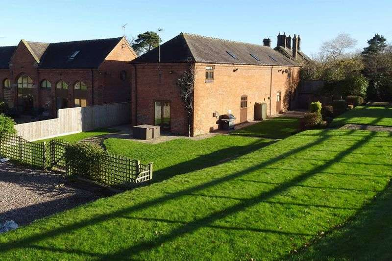 4 Bedrooms Detached House for sale in Stable Barn Horsley Farm Court, Horsley, Near Eccleshall, Staffordshire. ST21 6LJ
