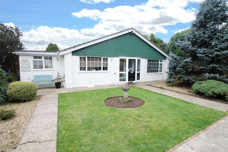 3 Bedrooms Detached Bungalow for sale in Station Road, Angmering, West Sussex, BN16