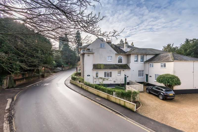 4 Bedrooms Semi Detached House for sale in Cherchefelle, Chart Lane, Reigate, Surrey, RH2