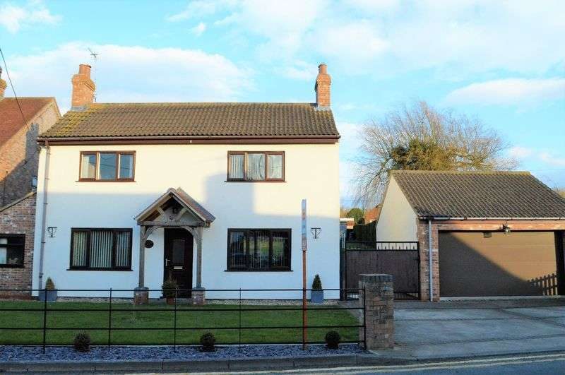 3 Bedrooms Detached House for sale in St. Barnabas Road, Barnetby