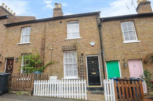 3 Bedrooms Cottage House for sale in Nelson Road, Harrow on the Hill, HA1