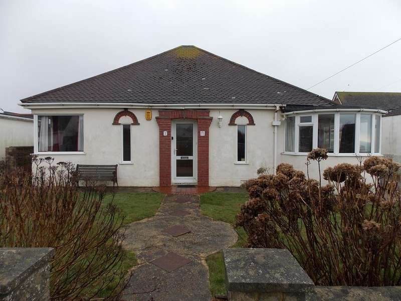 3 Bedrooms Detached Bungalow for sale in Edith Avenue, Peacehaven,