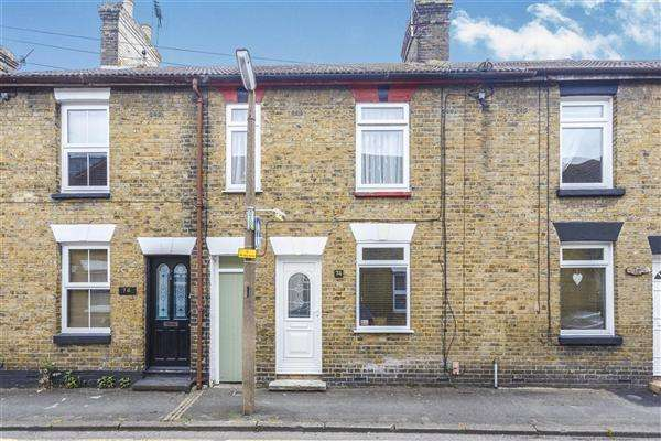 2 Bedrooms House for sale in Westgate Road, Faversham