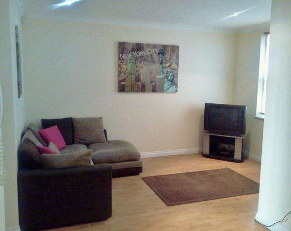 2 Bedrooms Apartment Flat for rent in Curzon Place, Quayside, Gateshead, Tyne and Wear, NE8 2ER