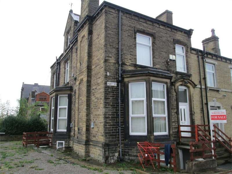 7 Bedrooms End Of Terrace House for sale in Percy Street, HUDDERSFIELD, West Yorkshire