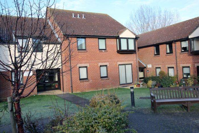 1 Bedroom Retirement Property for sale in ABIGAIL COURT, ONGAR CM5