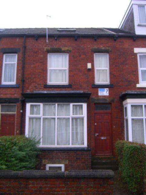 6 Bedrooms Terraced House for rent in Newport Mount, Headingley