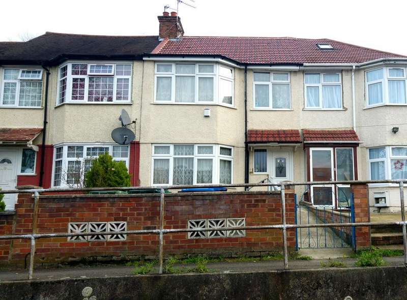 3 Bedrooms Terraced House for sale in Bridgewater Road, Wembley HA0