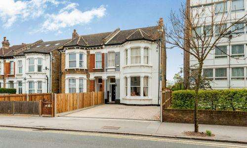 5 Bedrooms Semi Detached House for sale in Parchmore Road, Thornton Heath, Surrey, London CR7