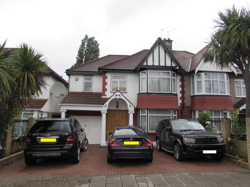 5 Bedrooms Semi Detached House for sale in Queenscourt, Wembley, Greater London HA9