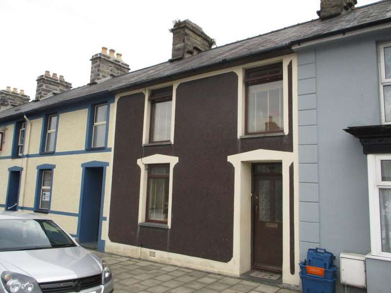 3 Bedrooms Terraced House for sale in 4 Church Street, Penrhyndeudraeth, Penrhyndeudraeth LL48