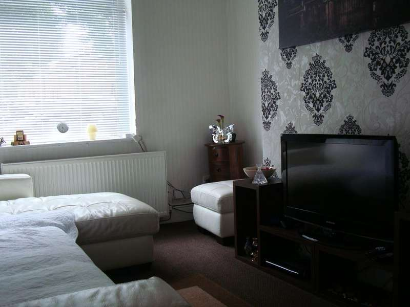2 Bedrooms Terraced House for sale in Oldham OL9