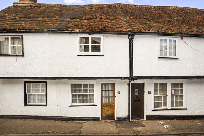 1 Bedroom Property for sale in Tanners Street, Faversham, ME13
