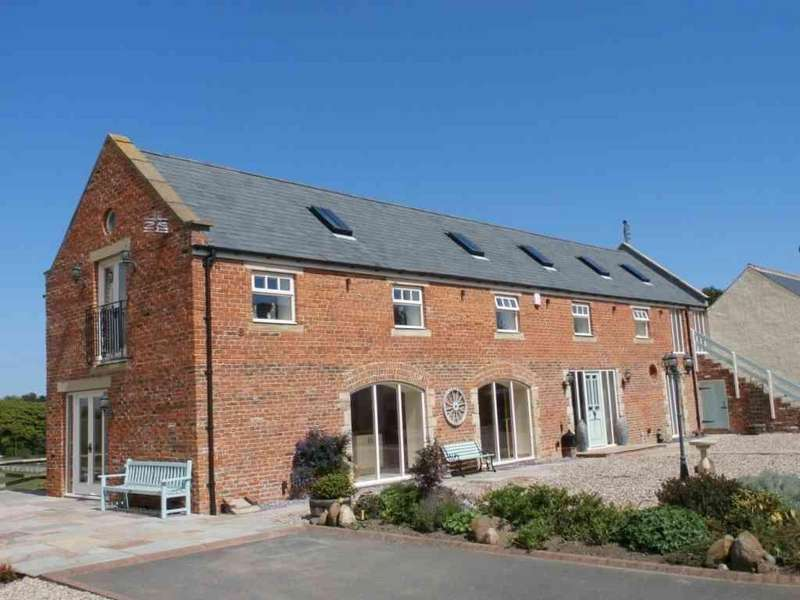 4 Bedrooms Barn Conversion Character Property for sale in River Piddle Granary, Whitefield Farm Steading, Red Row, Morpeth, Northumberland, NE61 5AB