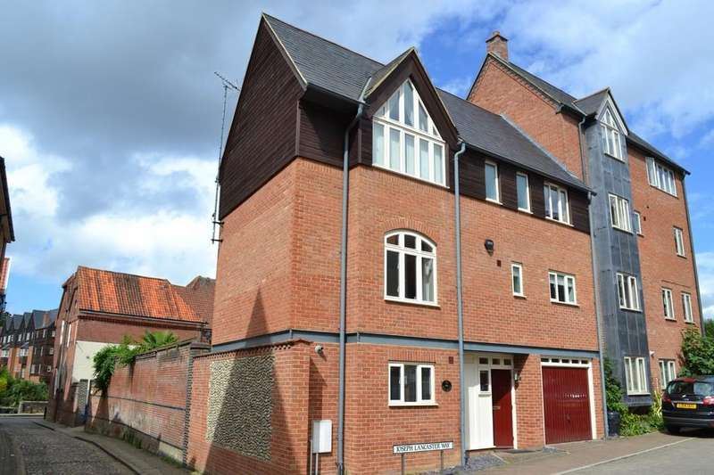 3 Bedrooms Semi Detached House for sale in Joseph Lancaster Way, Norwich