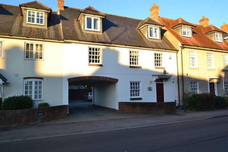 3 Bedrooms Terraced House for sale in Wilton