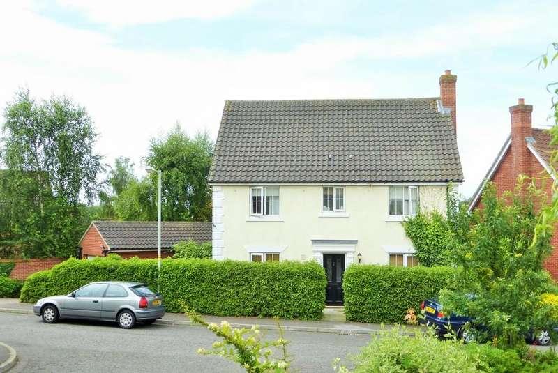 5 Bedrooms Detached House for sale in Chapel Break, Norwich