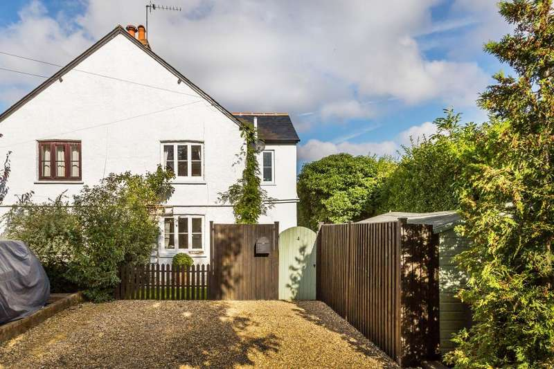2 Bedrooms Semi Detached House for sale in West Horsley