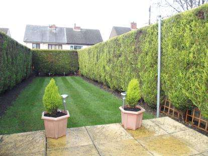 2 Bedrooms End Of Terrace House for sale in Barry Street, Burnley, Lancashire, BB12