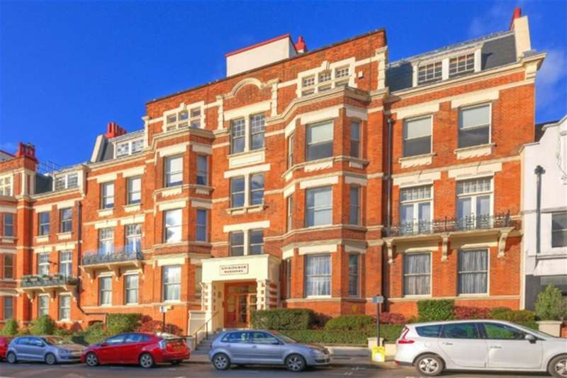 4 Bedrooms Flat for sale in Buckingham Mansions, 353 West End Lane