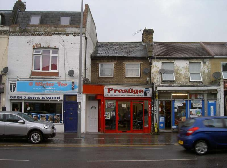 2 Bedrooms Flat for sale in High Road Leytonstone, Leytonstone E11