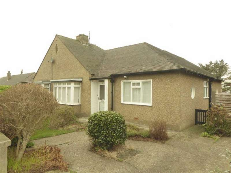 2 Bedrooms Semi Detached Bungalow for sale in Mountain View, Peel, Isle of Man