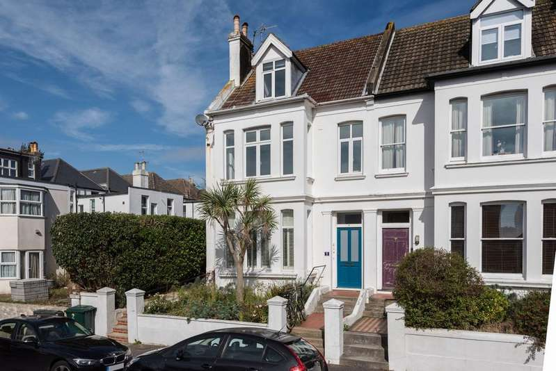 2 Bedrooms Flat for sale in Hartington Villas, Hove BN3