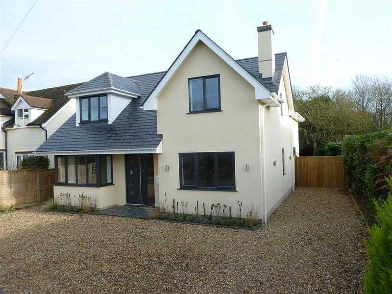 4 Bedrooms Detached House for sale in Chalkhouse Green, Chalkhouse Green Reading