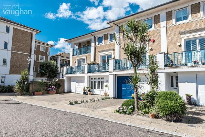 4 Bedrooms Terraced House for sale in The Strand, Brighton, BN2