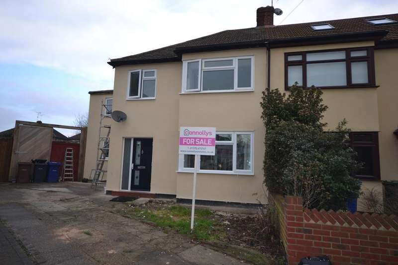 4 Bedrooms Semi Detached House for sale in Lulworth Close, Stanford-le-Hope, SS17