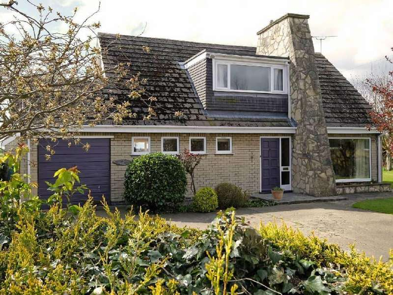 3 Bedrooms Detached House for sale in High Street, Airmyn, East Yorkshire