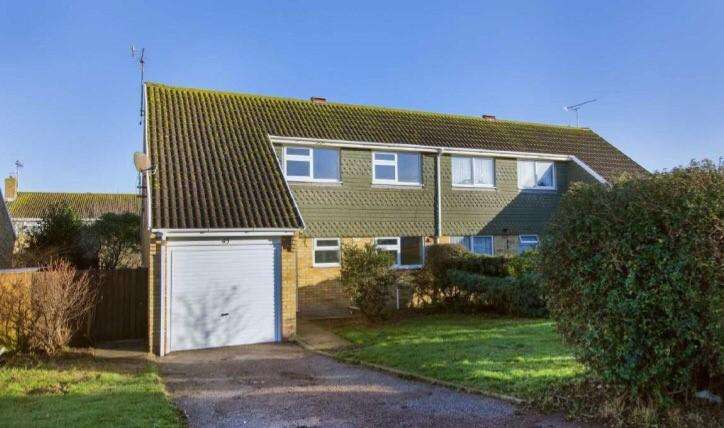 4 Bedrooms Semi Detached House for sale in Knockholt, palm bay, Cliftonville, Margate CT9